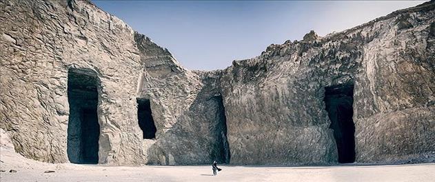 یکروزه معدن نمک، کوه افسانه ای اژدها